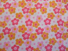Daisy Large Print Polycotton Fabric in Pink